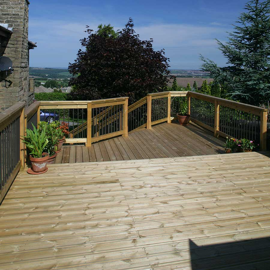 Timber Decking Treated 32mm x 125mm (27mm x 120mm Finished Size) image 4