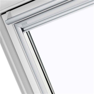 VELUX 1340mm x 1400mm White Poly Finish Top Hung Roof ...